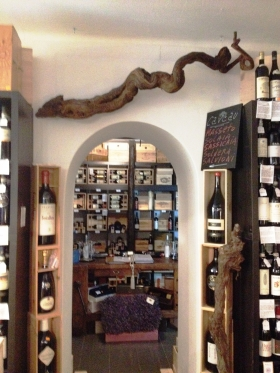WHERE - Cernobbio Wine shop Lake Como